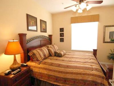 "Exquisite 2nd bedroom with king size bed and 32"" LCD TV"