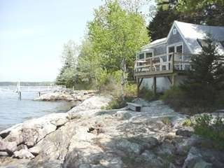 Private, Waterfront Cottage with Dock