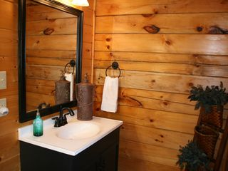 Pigeon Forge cabin photo - Stylish first floor half-bath.