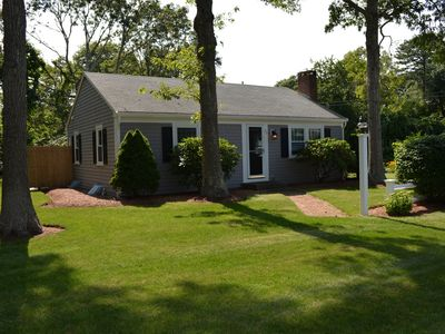 Cozy, Cheerful, Clean and Newly Renovated Home Less than 5 Minutes from Beach