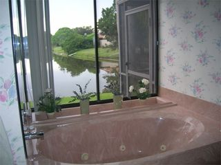 Bradenton house photo - Jacuzzi Tub in master bath overlooks lake