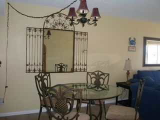 Okaloosa Island condo photo - Dining room