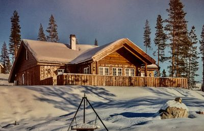 Brand new mountain cabin, ski in/out