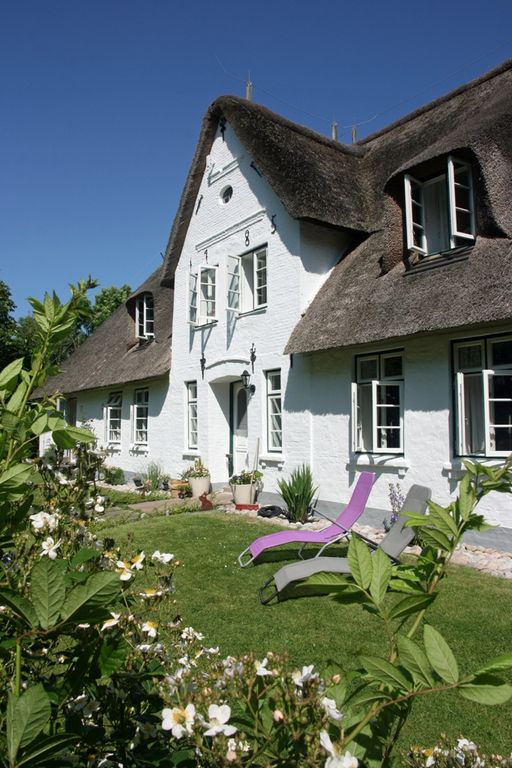 Family-friendly and stylish holiday under thatch  - Lütte Stuv