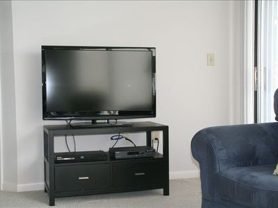 "New 42"" flat screen TV with Blue Ray player"
