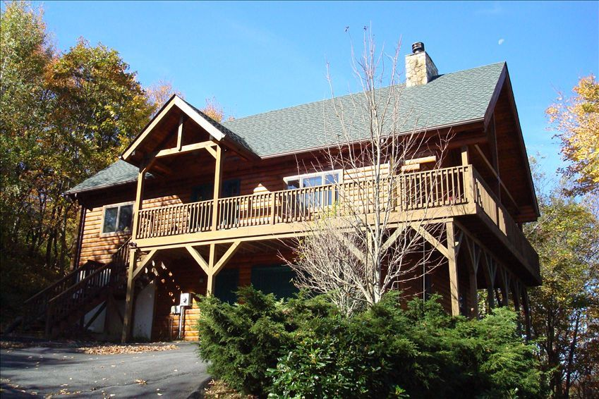 Blowing rock nc log house with views stone vrbo for Cabin rentals near blowing rock nc