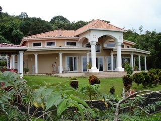 Nuevo Arenal estate photo - Casa Grande