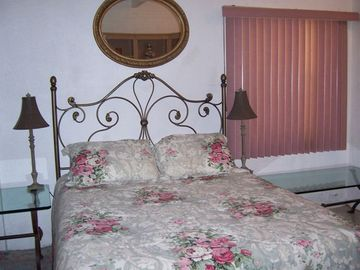 Downstairs bedroom with queen bed. Also has its own bathroom.