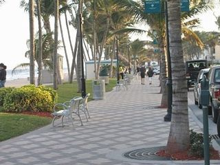 Deerfield Beach house photo - Deerfield Beach Sidewalk Along the Ocean