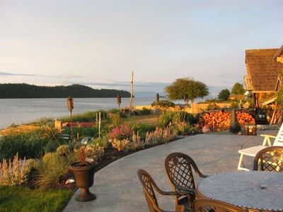 Beachside Patio: looking out onto Baynes Sound and Denman Island