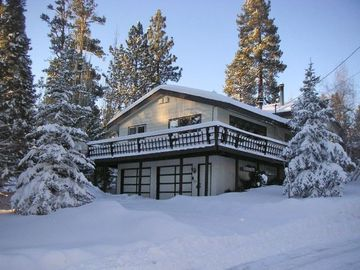 Big Bear Lake house rental - Big Cabin in the snow