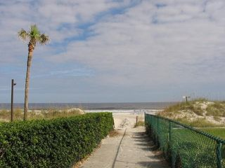Jacksonville Beach townhome photo - Beach Walkway is just 75 steps from the back door!