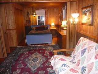 Harpers Ferry cabin photo - bedroom with full and full futon, divided by accordion door