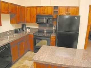 Breckenridge condo photo - Generous, fully appointed kitchen