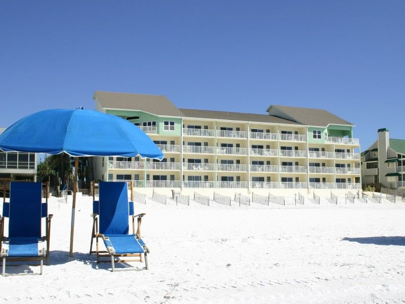 Awsome view with beach access first floor vrbo for 9 bedroom house destin florida