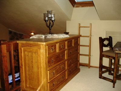 Plenty of Storage in Master Bedroom, Books, WIFI & Private Desk