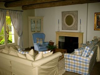 Midddle Salon - Gordes farmhouse vacation rental photo