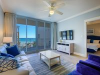 Waterscape A407 ~ Designer Remodeled in 2018 ~ 55in 4k TV ~ Beach Service ~View!