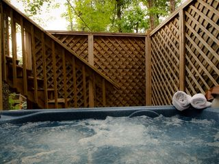 Ellijay cabin photo - Private 2 person therapeutic hot tub on patio