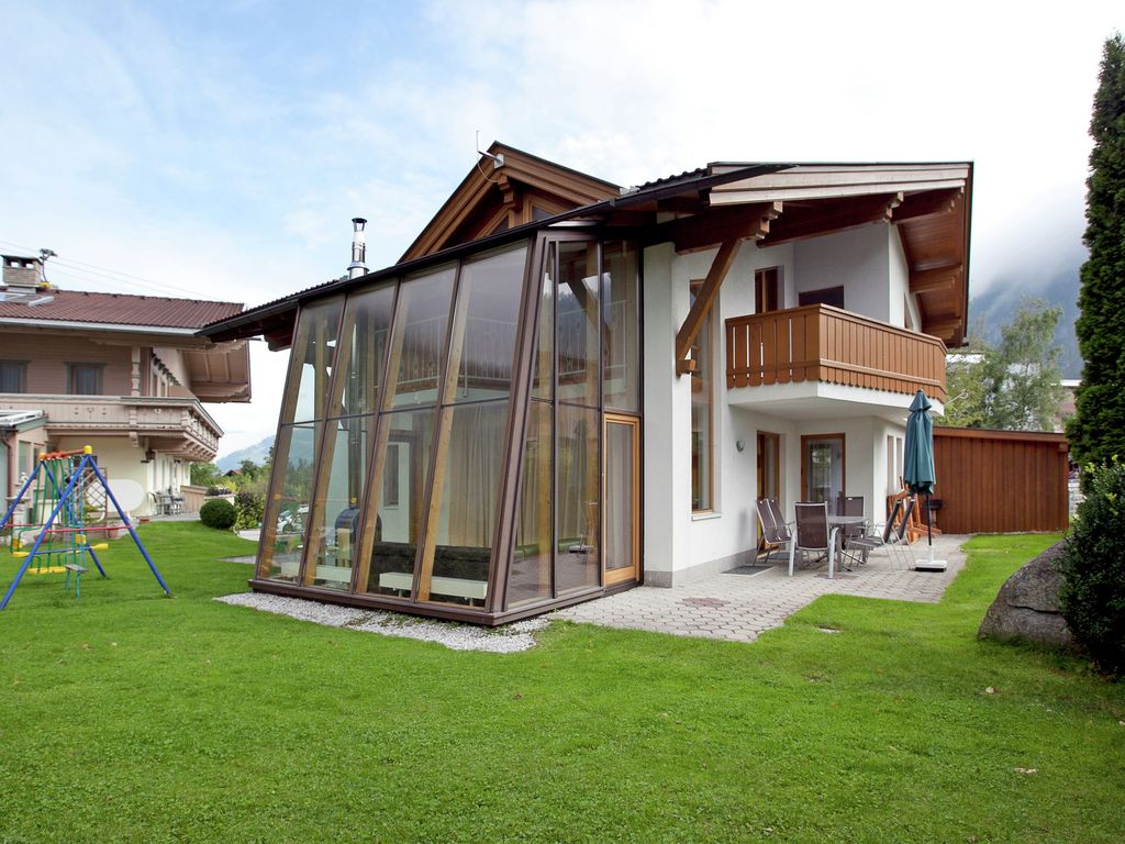House, 240 square meters