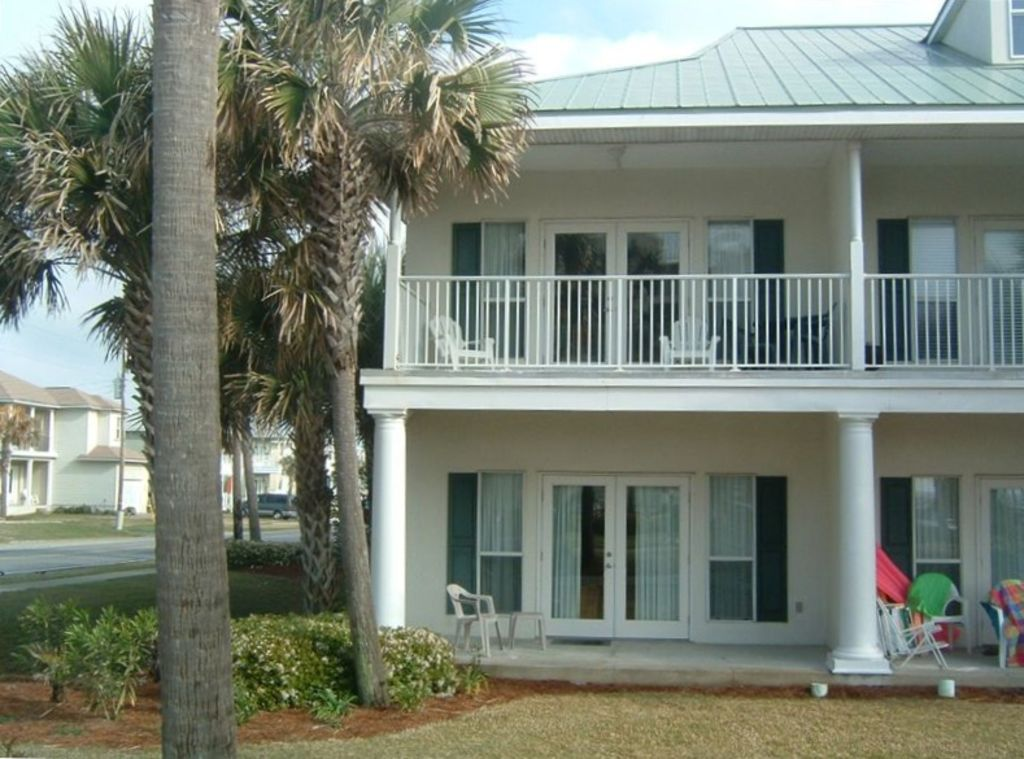 Destin is open for Guest!