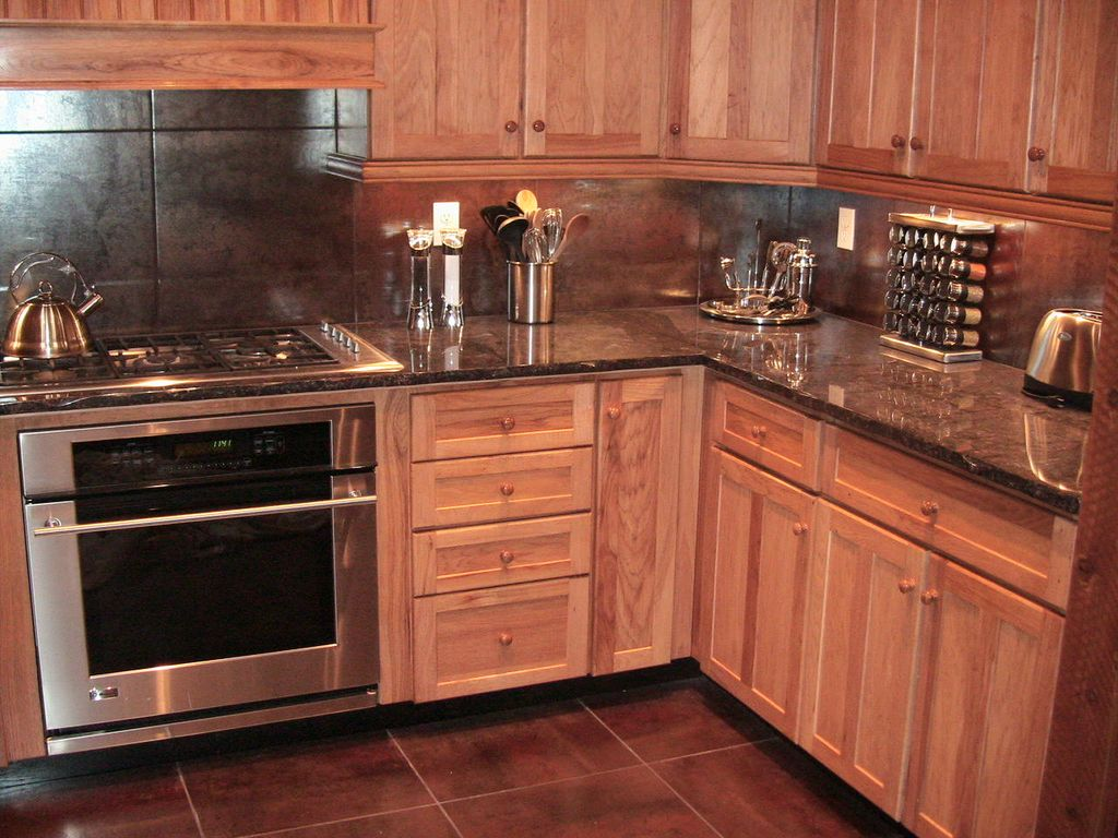 Gourmet Kitchen with everything you need. Gas range, 2 ovens!