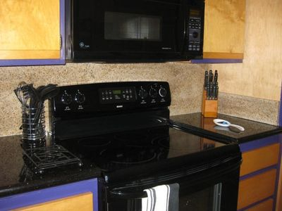 Granite counter tops with new appliances; microwave/convection oven