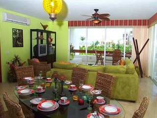 Cozumel condo photo - Living Room Dining