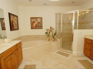 Fiddlers Creek condo photo - Master Bath