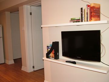 Flat Screen HDTV in Living area