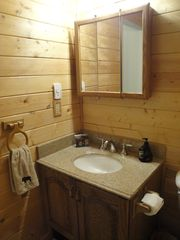 Heber City cabin photo - Main Floor Bathroom
