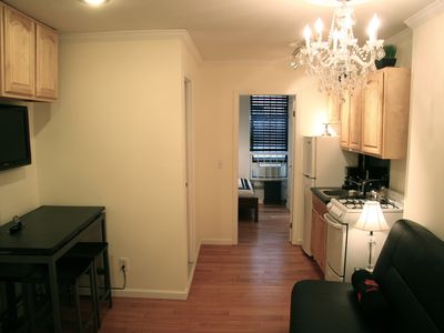Elegant Central Manhattan 2 Bedroom
