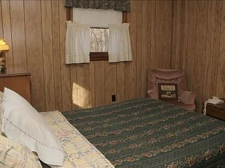 Big Bass Lake house photo - Bedroom with double bed