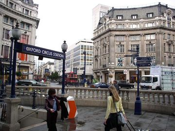 Oxford Circus - 12min from apartment