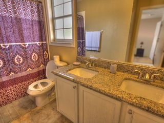 Formosa Gardens villa photo - Upstairs Bathroom with double sink and granite counters