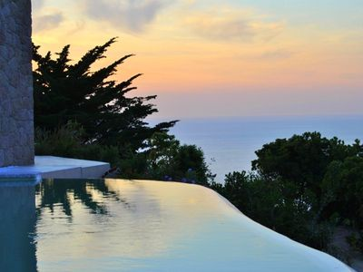 Beautiful 4 Bedroom Villa, With Private Infinity Pool And Stunning Sea Views