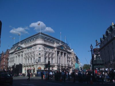 Waterloo & Lambeth apartment rental - Piccadilly Circus
