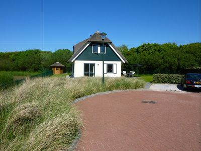 Duynopgangh No. 11 Luxury villa, 300 m from the dunes, beach and North Sea