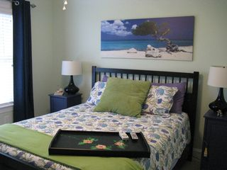 Emerald Isle house photo - queen room