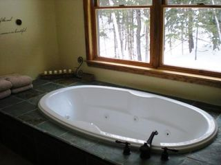 Londonderry house photo - Soak in a warm jet tub after a long day on the slopes or a hike on the mountain.