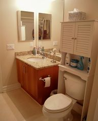 San Diego condo photo - Comfortable size bath area.