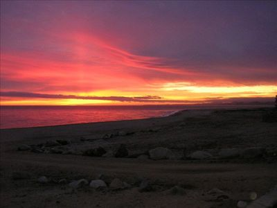 Los Barriles villa rental - Sunrise over the Sea of Cortez from the veranda at Casa de Las Palmas