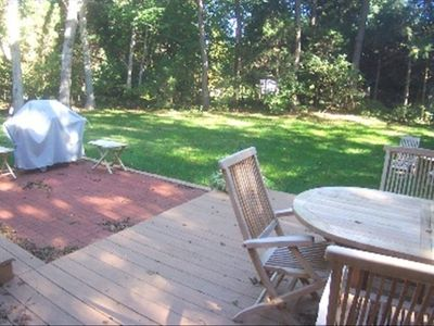 Back Yard Dining w Deck & Grill (outdoor shower)