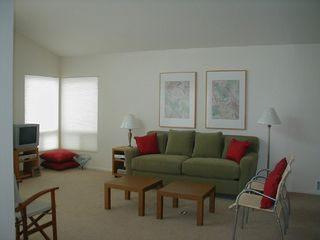 Ventura townhome photo - Living room, queen sleeper, ocean view