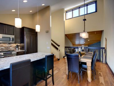 Remodeled 4 Bedroom/3 Bath Townhome