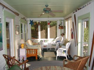 Fleetville cottage photo - Screened in front porch with futon