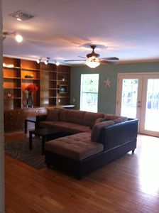 3BR/3BA Home with Pool just 7 miles from the River Walk!