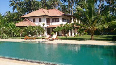 Beach Villa With Pool and Tennis Court In Wadduwa, Fully Staffed, 3 Bedroom, AC
