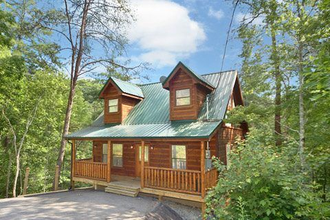 Family friendly 2br2ba cabin just 1 5 miles vrbo for 1 bedroom pet friendly cabins in gatlinburg tn