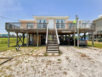 Dauphin Island cottage rental - The ultimate Gulf Coast retreat awaits you at this charming Dauphin Island vacation rental cottage!